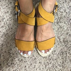 Zara sandals flats size 9 or 40eur, new