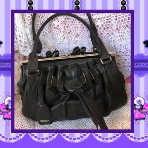 DKNY Black Leather Purse Kisslock USED CONDITION
