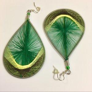 New Statement Teardrop Threaded Earrings 💚💚💚