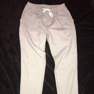 Women's lululemon joggers- Grey/White Size 4
