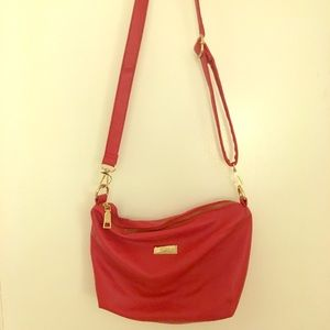 ❤️ BCBG crossbody red bag!👛