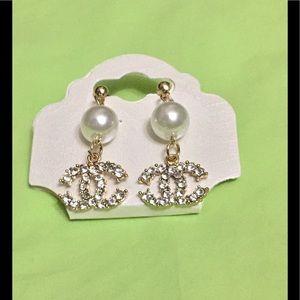 Designer Inspired dangle pearl gold earrings
