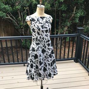 Black & White '50s Style Dress 👗