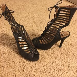 Gladiator Lace Up Leather Sandals!