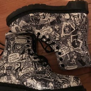 Dr. Martens RARE rascal party people US 6 Ladies