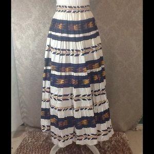 Tribal Print Full Prairie Skirt by Banjo Size M