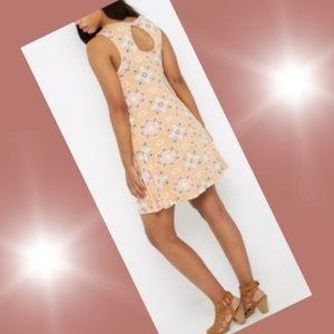 Blooming Medallion keyhole swing dress