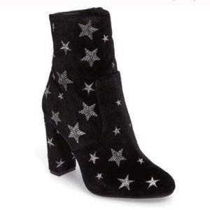 Steve Madden star boots ✨