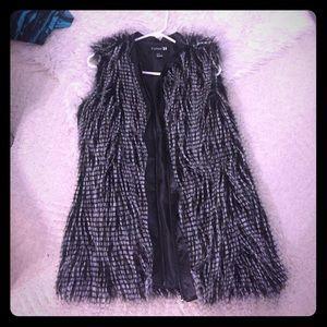 Pre Loved Forever 21 faux fur vest