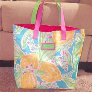 NWOT Lilly Pulitzer for Estée Lauder tote bag