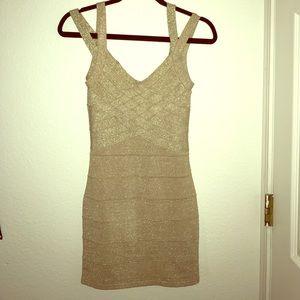Gold Mini-Dress ✨