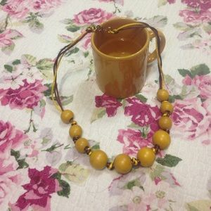 Real wooden beads necklace yellow