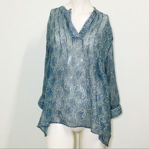 A Pea In The Pod Blue Bohemian Blouse!