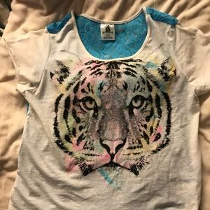 Tops - Tiger tee shirt with mesh back
