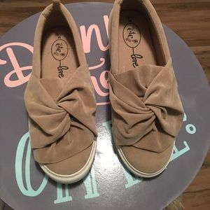 Love Slip-On Tennis Shoe