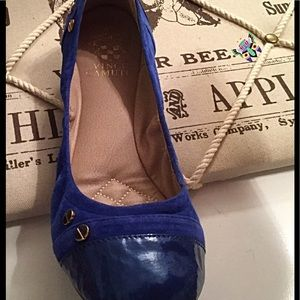 Vince Camuto Ballet Flats w/Cap toe & Gold Buttons
