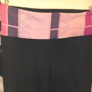 EUC Classic Lululemon Yoga Pants