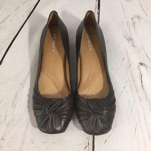 Michelle D Brown Leather Flats Size 10 EUC worn 1x