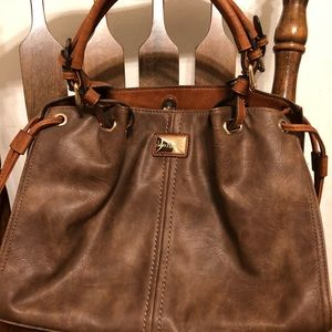 Simply Noelle brown leather handbag