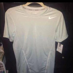 NWT Nike Dri-Fit Men's XS Top