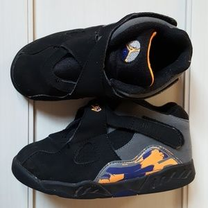 Kids Black Jordan Sneakers Size 10C