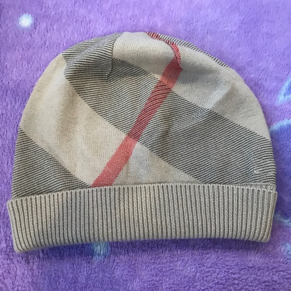 0139c27445d Burberry Other - Burberry Infants Cashmere blend hat  PRICE FIRM