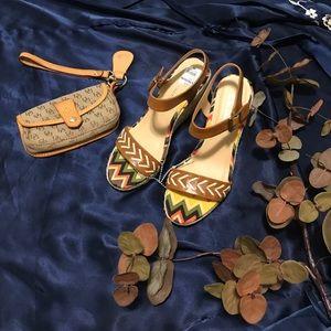 Pretty wedge sandal
