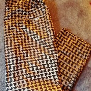 NWT! Limited houndstooth ankle pant