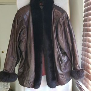 Leather n real Fur Jacket. Old school. Size Large