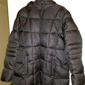 Black puffer coat excellent condition 1x