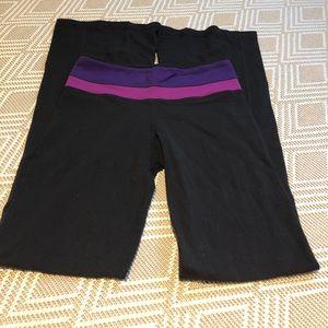 Lululemon size 4 flare reversible yoga pants black
