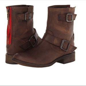 Steve Madden Tokken Moto boots