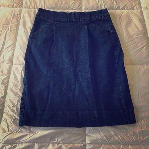 J. Crew stretch pencil skirt - size 6