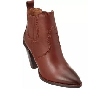 Coach Westyn Dk Saddle leather boots ORG $525
