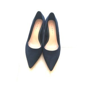 Zara TRF navy block kitten heels