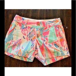 Lilly Pulitzer vibrant Shorts NEW size 00
