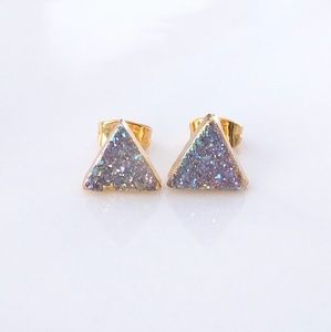Gold-plated genuine druzy triangle stud earrings