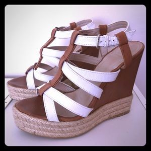 Wedges! Beachy ✨