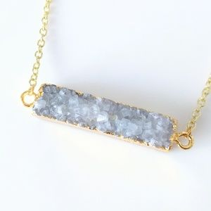 Gold-plated genuine agate druzy bar necklace