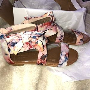 Bamboo sandals size 8