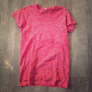 Lululemon swiftly T shirt heathered boom juice 10