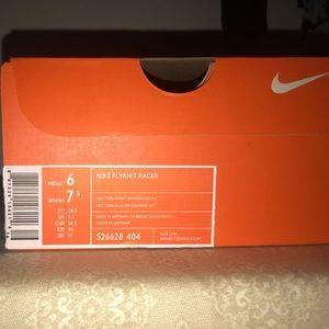 Nike FlyKnit Racer BRAND NEW. NEVER WORN!