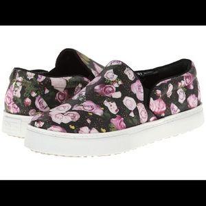"👗schutz ""rosa"" floral digital print sneaker"