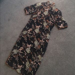 Vintage floral Asian inspired midi dress size S