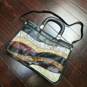 LAST CHANCE! Snakeskin Handbag!