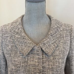 Ann TAYLOR skirt suit