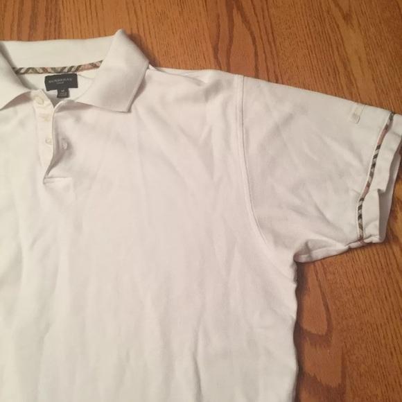 Burberry men's white polo shirt Medium nova check
