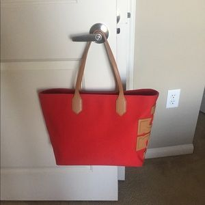 Like new TB canvas tote