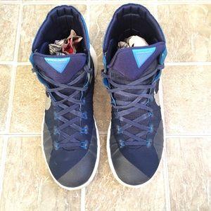 Blue Nike hyperdunk