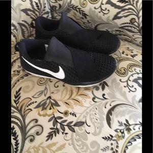 Women's Nike Tennis Shoes